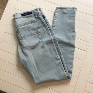 Rock & Republic Lightwash Jeans